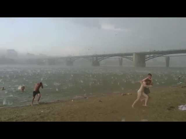 A sudden hail storm in Russia (Novosibirsk) 12.07.2014   Внезапный ураган в Новосибирске 12.07.2014