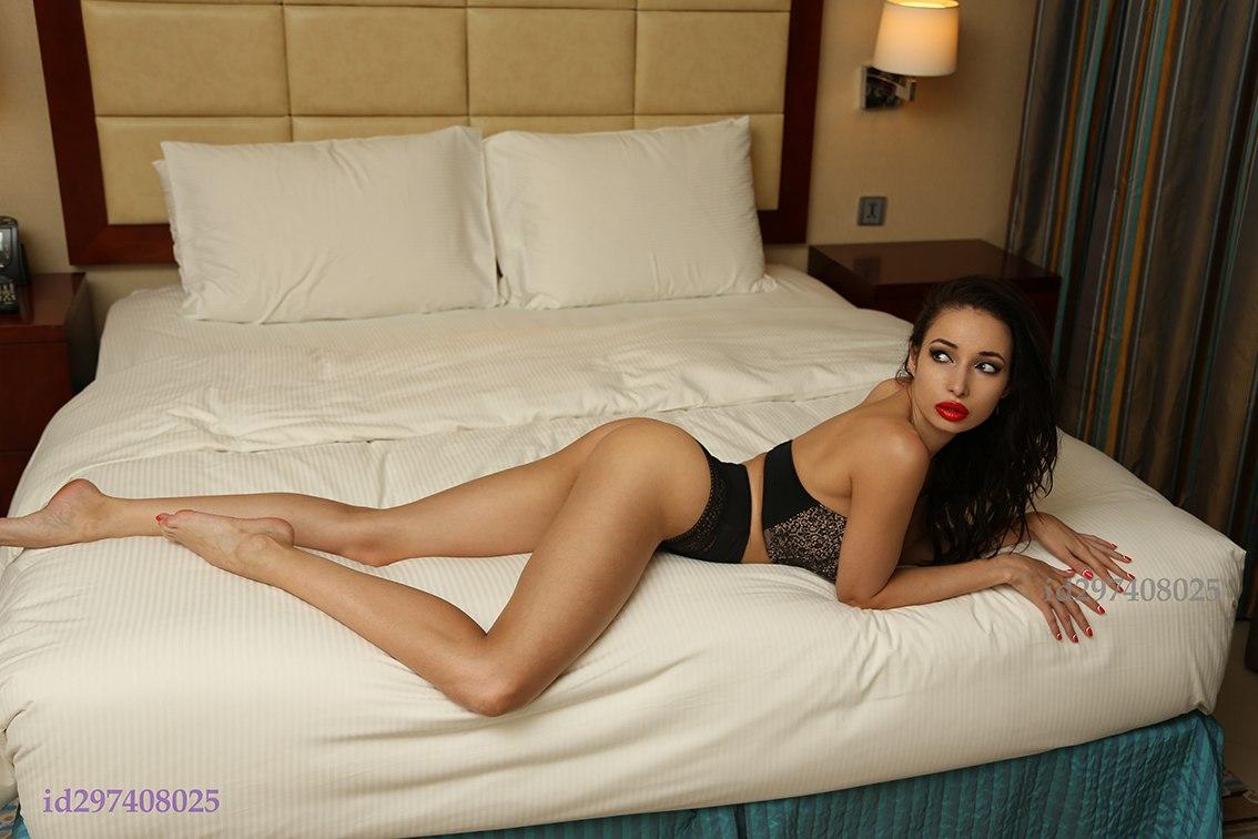 Yulia Ritter  - http://realf vk  legs