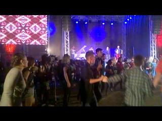 Танцы в крепости