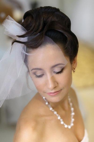 Аксессуары Виктория Гетманова http://vk.com/id209276070, Магазин «Заколка» ТРЦ « Мега»,3 этаж,пав.231 и платье Свадебный салон «Rafineza» - W0S69kvP1EM