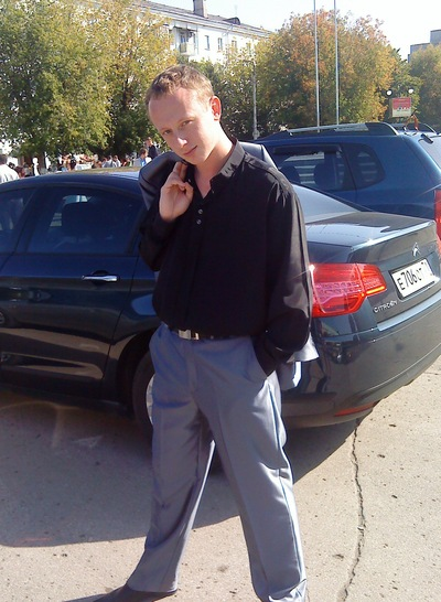Аркадий Голованов