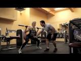 Фитнес для девушек: Выпады в сторону. Качаем ноги!
