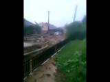 В Сети опубликовано видео страшного селевого потока на Кавказе.