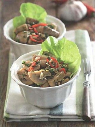 Фото рецепта: Острый салат из грибов