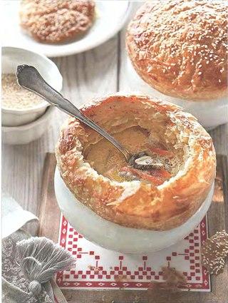 Фото рецепта: Грибной суп в горшочках