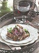 Фото рецепта: Бараньи ребрышки с маринованными лисичками