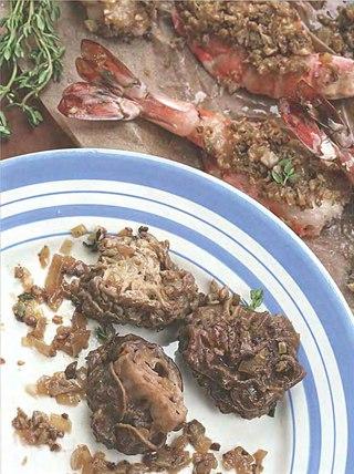 Фото рецепта: Креветки со сморчками и сморчковым маслом