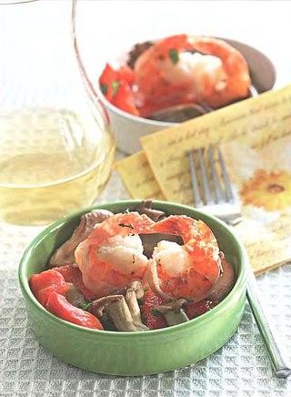 Фото рецепта: Креветки с красными перцами и вешенками