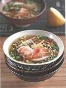 Фото рецепта: Японский суп с грибами и креветками