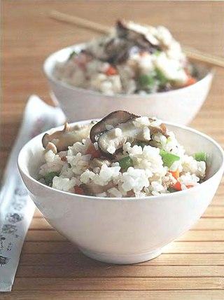 Фото рецепта: Рис с шиитаке и курицей