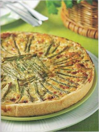 Фото рецепта: Пирог со спаржей