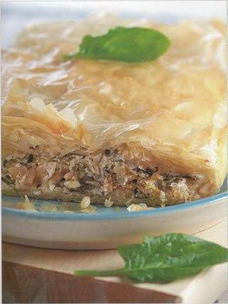 Фото рецепта: Пирог с сыром фета и шпинатом