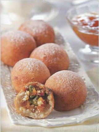 Фото рецепта: Быстрые творожно-фруктовые пончики