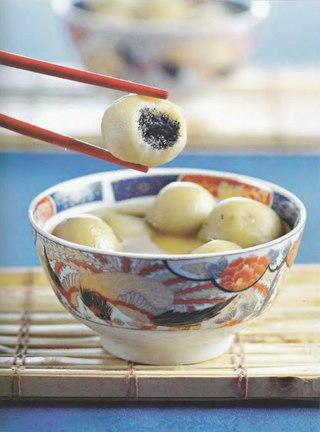 Фото рецепта: Китайские сладкие рисовые шарики праздника фонарей