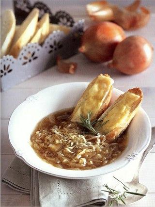 Фото рецепта: Французский луковый суп