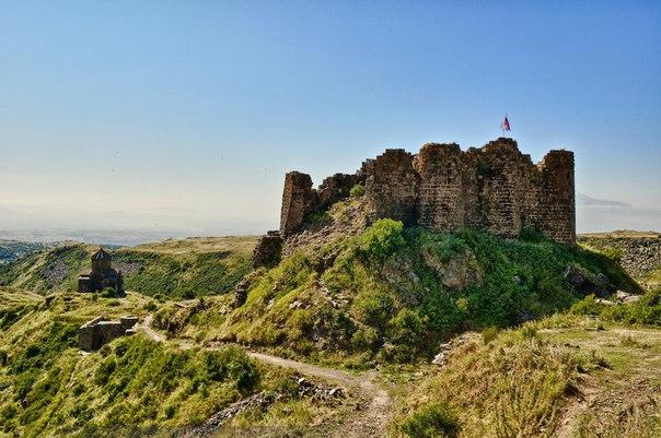 Картинки по запросу крепость амберд