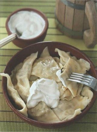 Фото рецепта: Вареники с грибами и фасолью