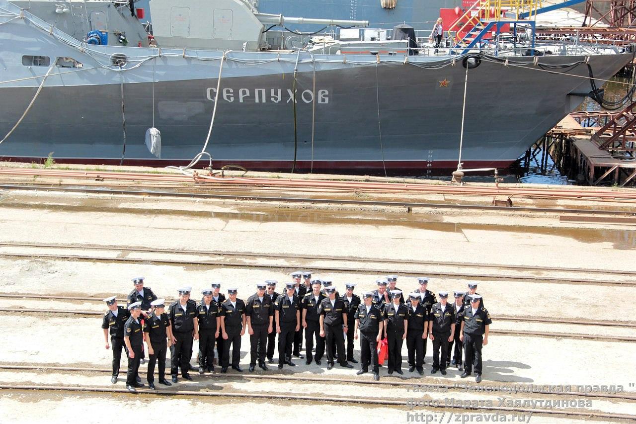 Два новейших корабля, вооруженные ракетами «Калибр», прибыли в Севастополь (фото)