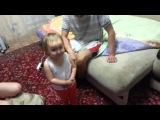 Реальный папа помогает отмазаться дочке.