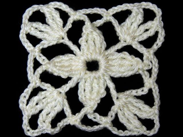 Crochet Motivo Cuadrado con Flor de 4 petalos