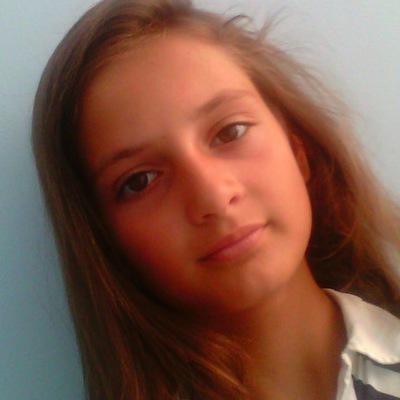 Катя Бондарь