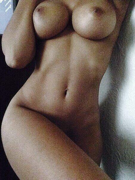 фото шикарной голой груди