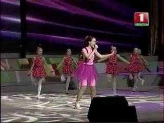 Юлия Можиловская - песня Целый Мир студия