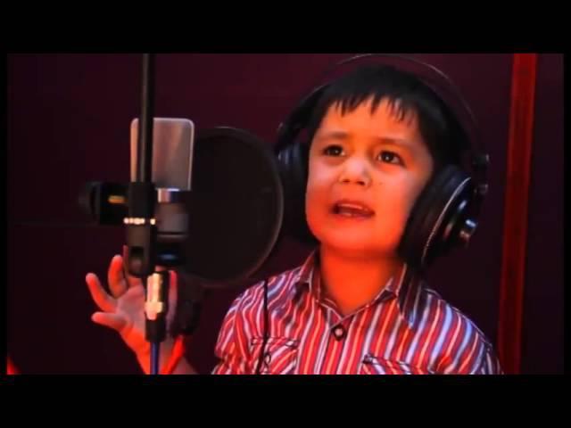 4 х летний узбекский мальчик поет на Фарси! Супер голос