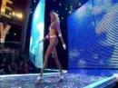 Victoria's Secret Fashion Show - Karolina Kurkova [ When She Lost Her Shoe]