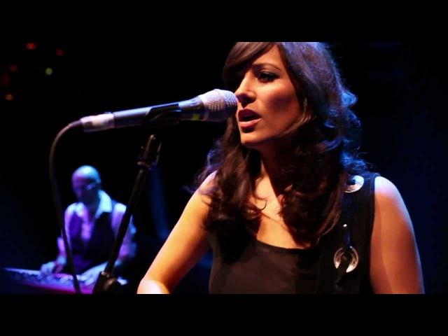 Roxanne Emery - Hero (live @ The Royal Festival Hall, London)