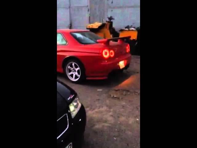 Nissan Skyline GTR BNR34 Backfire!