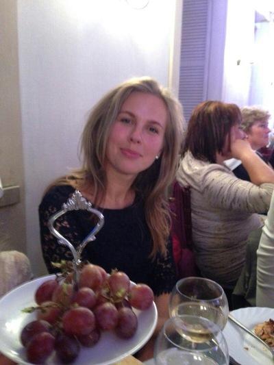 Дина Ларионова