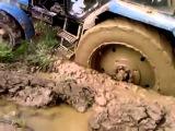 Случай на дороге # Трактор МТЗ с двойными колесами буксует по бездорожью!!!