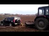 Случай на дороге # Трактор МТЗ против Хаммера !!!