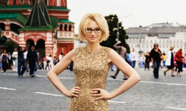 40 уроков стиля от Эвелины Хромченко: ↪ Стоит взять на заметку каждой женщине.