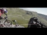 На велосипеде по ленте над ущельем!