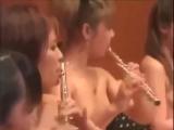 Необычный  концерт !!! Все музыканты голые !!!