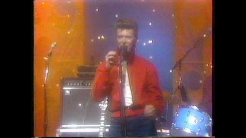 David Bowie - Life on Mars (Tonight Show 1980)