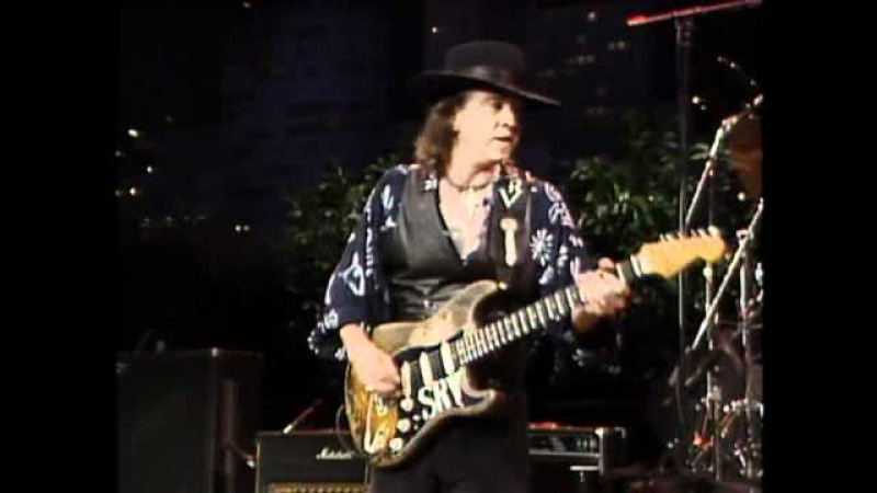Stevie Ray Vaughan Look at Little Sister