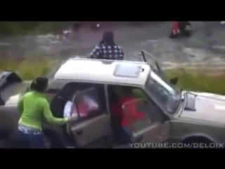 Жесткая массовая драка цыганских джедаев