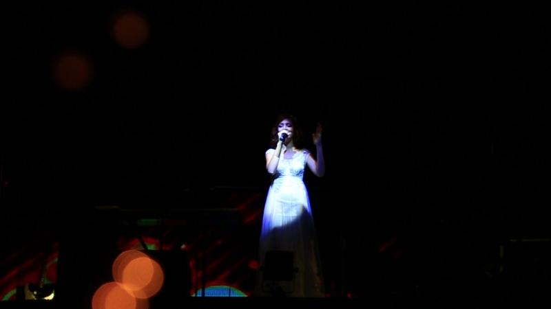 песня невесты в подарок жениху. сюрприз для жениха. Анастасия и Денис Ледовские. Анастасия Ледовская поет песню мужу на свадьбе.