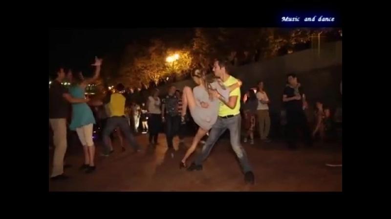 2yxa_ru_On_i_Ona_M_Martina_KorgStyle_He_and_she_Music_and_dance_Imperiya_Muzyk_RlT1WaLpWTg.mp4