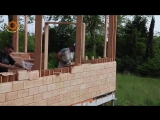 Дом из деревянного кирпича и опилок
