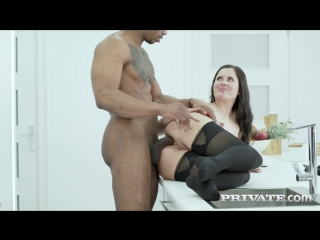 Private.18.06.19.cassie.fire.wears.lingerie.for.an.interracial.anal