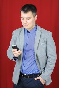 Павел Иванов