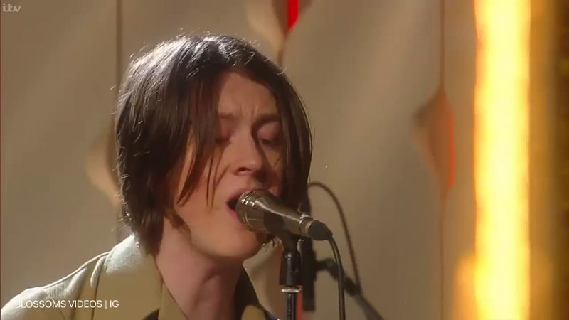 Blossoms - Charlemagne live on Zoe Ball on Saturday