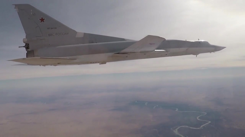 Siria Los bombarderos rusos de largo alcance alcanzan objetivos de IS en Deir ez-Zor