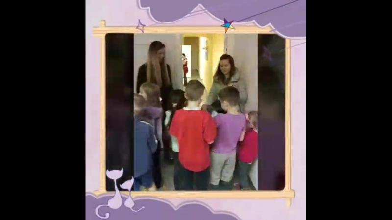 Посещение детского приюта Фрунзенского района, вручение подарков