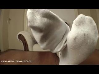 Sweatremover clip with Victoria