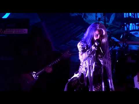 Arch Enemy - The Eagle Flies Alone (Live at Aurora 04.10.2017)